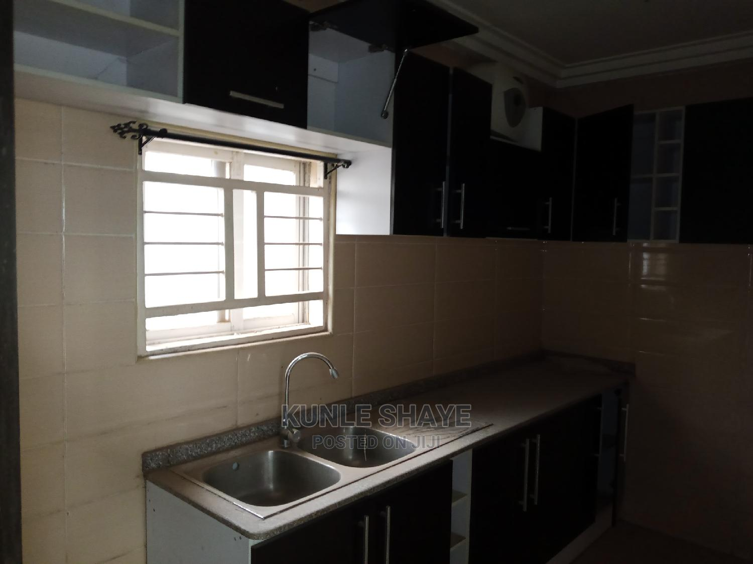 3bdrm Block of Flats in Gwarinpa for Rent