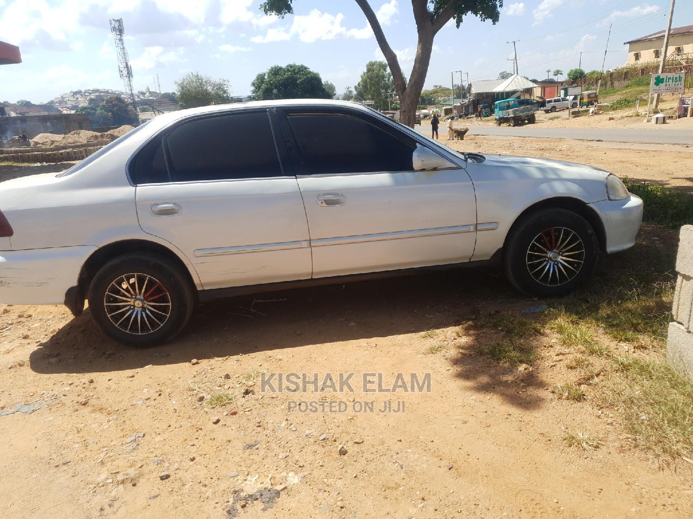 Honda Civic 2002 White | Cars for sale in Jos, Plateau State, Nigeria