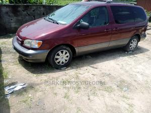 Toyota Sienna 2000 LE & 1 Hatch Red   Cars for sale in Rivers State, Port-Harcourt