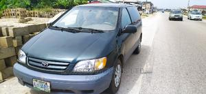 Toyota Sienna 2002 CE Green | Cars for sale in Delta State, Warri