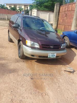 Toyota Sienna 2000 LE & 1 hatch Purple | Cars for sale in Oyo State, Ibadan