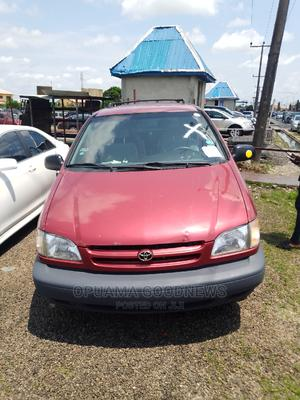 Toyota Sienna 2001 Red   Cars for sale in Delta State, Warri