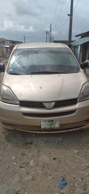 Toyota Sienna 2005 Gold | Cars for sale in Ogun State, Obafemi-Owode
