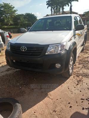 Toyota Hilux 2012 2.0 VVT-i White | Cars for sale in Abuja (FCT) State, Garki 2