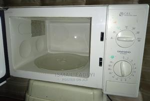 Neatly Used Daewoo Microwave | Kitchen Appliances for sale in Ogun State, Abeokuta South