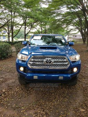 Toyota Tacoma 2016 4dr Double Cab Blue | Cars for sale in Lagos State, Magodo
