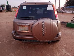 Honda CR-V 2002 Gold | Cars for sale in Abuja (FCT) State, Gwagwalada