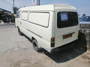 Tokunbo E1600 6tyres Mazda Van for Grabs   Buses & Microbuses for sale in Lagos State, Ajah