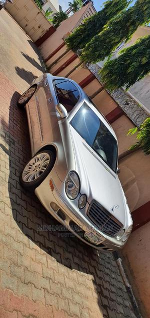 Mercedes-Benz E320 2004 Silver | Cars for sale in Abuja (FCT) State, Kubwa