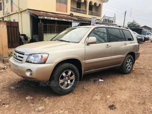 Toyota Highlander 2004 Limited V6 4x4 Gold | Cars for sale in Lagos State, Ifako-Ijaiye