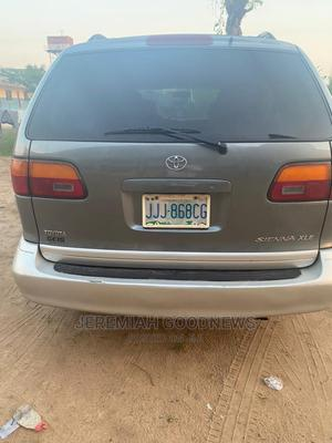 Toyota Sienna 2000 Gray | Cars for sale in Lagos State, Isolo