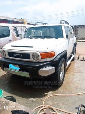 Toyota FJ Cruiser 2008 Base 4x4 White | Cars for sale in Lagos State, Agege