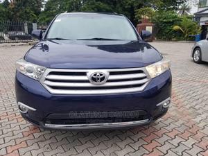 Toyota Highlander 2013 Hybrid Limited Blue   Cars for sale in Lagos State, Surulere