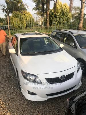 Toyota Corolla 2009 White   Cars for sale in Abuja (FCT) State, Mabushi