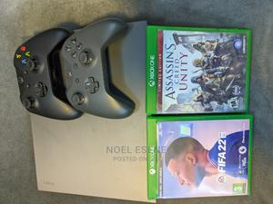 Xbox One X With FIFA 22 and 15 Other Games   Video Game Consoles for sale in Abuja (FCT) State, Wuse