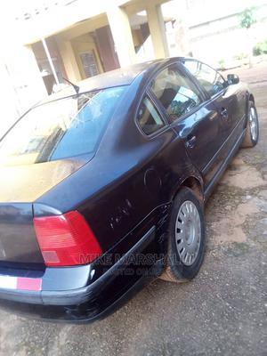 Volkswagen Passat 2000 Black   Cars for sale in Ogun State, Ijebu Ode