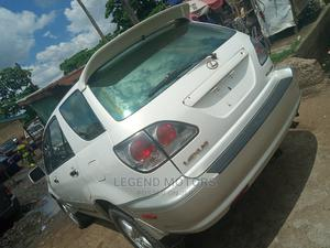 Lexus RX 2002 300 2WD White | Cars for sale in Lagos State, Alimosho