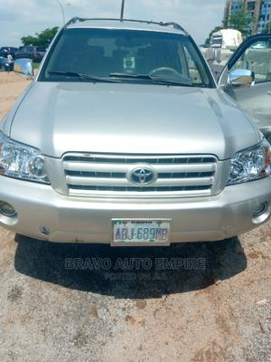 Toyota Highlander 2006 Limited V6 Silver | Cars for sale in Abuja (FCT) State, Gudu