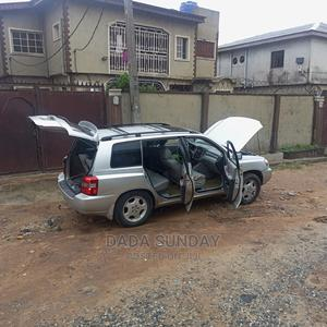 Toyota Highlander 2006 Silver | Cars for sale in Lagos State, Alimosho