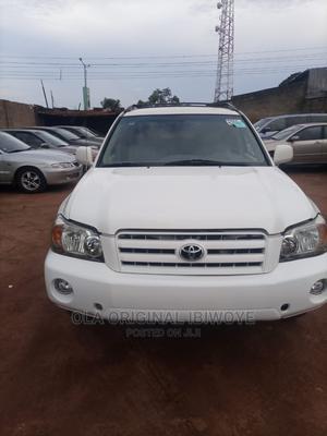 Toyota Highlander 2006 White   Cars for sale in Lagos State, Ikorodu