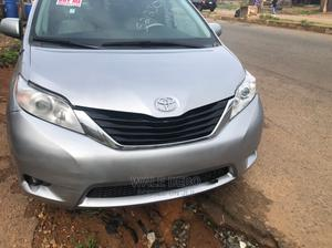Toyota Sienna 2011 LE 7 Passenger Mobility Silver | Cars for sale in Oyo State, Ibadan