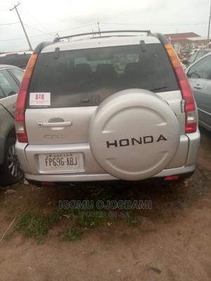 Honda CR-V 2004 2.0i ES Automatic Silver | Cars for sale in Abuja (FCT) State, Mararaba
