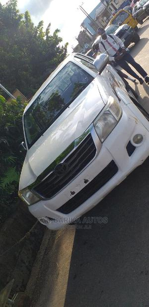 Toyota Hilux 2014 SR 4x4 White | Cars for sale in Lagos State, Ikeja