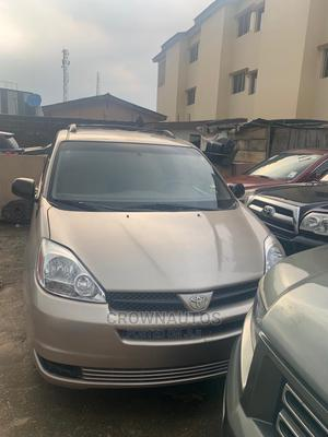 Toyota Sienna 2004 Gold   Cars for sale in Lagos State, Ikeja