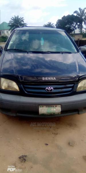 Toyota Sienna 2002 CE Blue | Cars for sale in Akwa Ibom State, Uyo