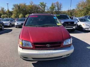 Toyota Sienna 1998 XLE Red   Cars for sale in Lagos State, Ojodu