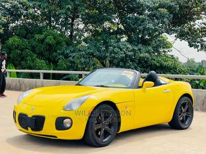 Pontiac Solstice 2010 Yellow | Cars for sale in Abuja (FCT) State, Jahi