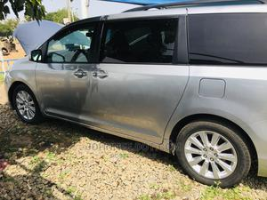 Toyota Sienna 2011 Silver | Cars for sale in Niger State, Minna