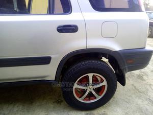 Honda CR-V 2000 Silver | Cars for sale in Lagos State, Ejigbo