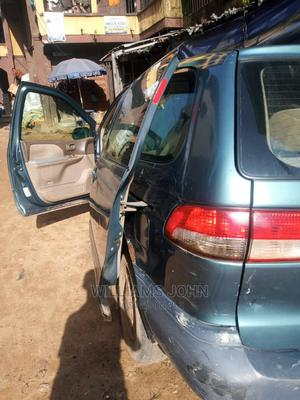 Toyota Sienna 2001 Gray | Cars for sale in Anambra State, Idemili