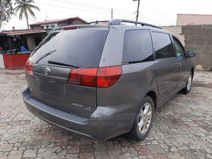 Toyota Sienna 2005 Gray | Cars for sale in Lagos State, Ikeja