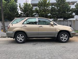 Lexus RX 2000 300 4WD Gold   Cars for sale in Lagos State, Ikeja