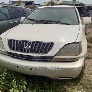 Lexus RX 1999 300 4WD White | Cars for sale in Lagos State, Ajah