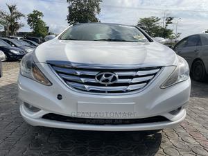 Hyundai Sonata 2013 White | Cars for sale in Abuja (FCT) State, Mabushi