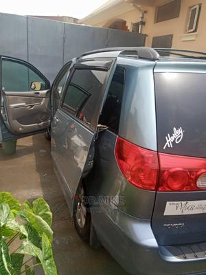 Toyota Sienna 2009 LE Blue | Cars for sale in Lagos State, Ojodu
