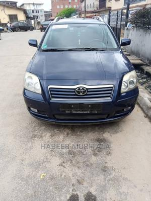 Toyota Avensis 2004 Liftback Blue | Cars for sale in Lagos State, Orile