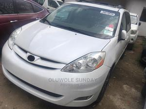 Toyota Sienna 2007 XLE Limited White   Cars for sale in Lagos State, Shomolu