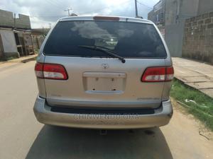 Toyota Sienna 2002 Silver   Cars for sale in Lagos State, Ifako-Ijaiye