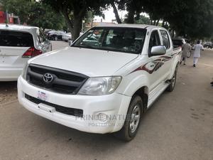 Toyota Hilux 2010 2.0 VVT-i White | Cars for sale in Abuja (FCT) State, Garki 2