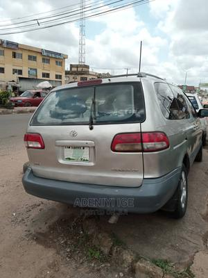 Toyota Sienna 2002 CE Gold   Cars for sale in Oyo State, Ibadan
