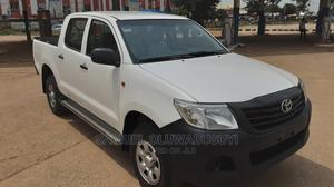 Toyota Hilux 2013 SR 4x4 White | Cars for sale in Abuja (FCT) State, Garki 1