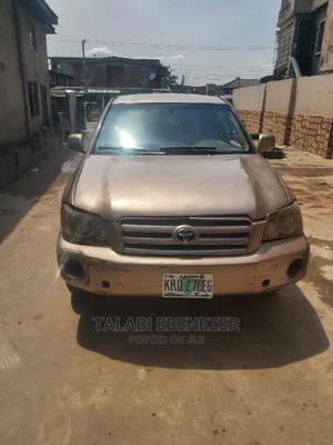 Toyota Highlander 2005 Limited V6 Gold | Cars for sale in Lagos State, Ogba