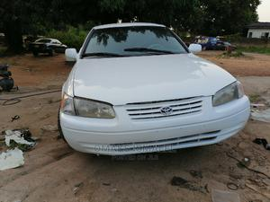Toyota Camry 2001 White | Cars for sale in Abuja (FCT) State, Kubwa