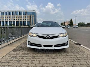 Toyota Camry 2012 White | Cars for sale in Abuja (FCT) State, Central Business District
