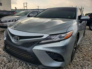 Toyota Camry 2020 XLE FWD Gray | Cars for sale in Abuja (FCT) State, Central Business District