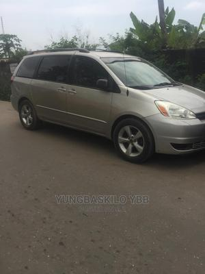 Toyota Sienna 2005 XLE Gray   Cars for sale in Lagos State, Gbagada